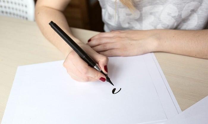 best-brush-pens-for-calligraphy