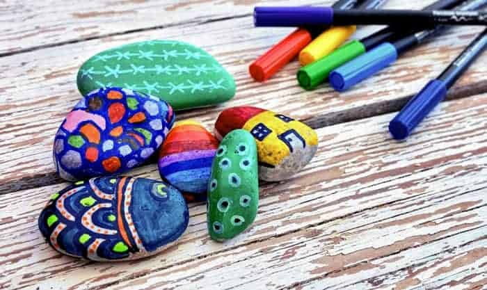 best-paint-markers-for-rocks