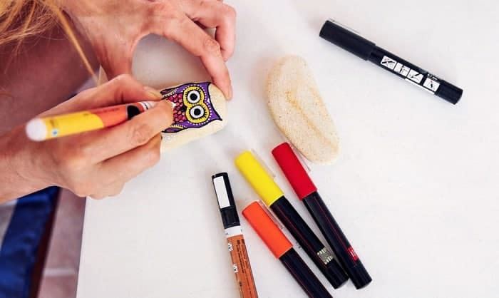 best paint pens for rocks