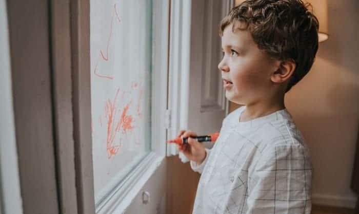 window-chalk-markers