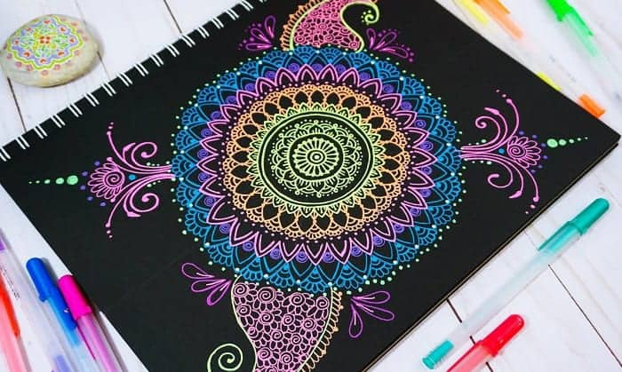 best-markers-for-black-paper