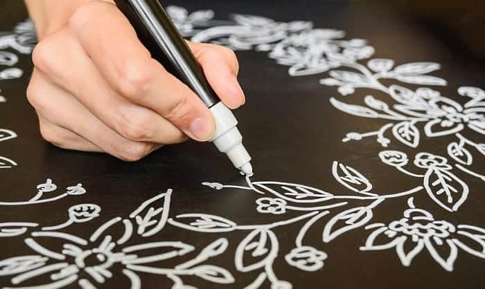 best white pens