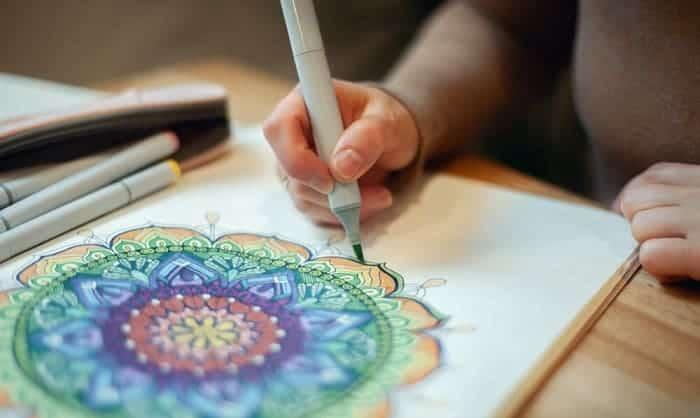 mandala-coloring-markers