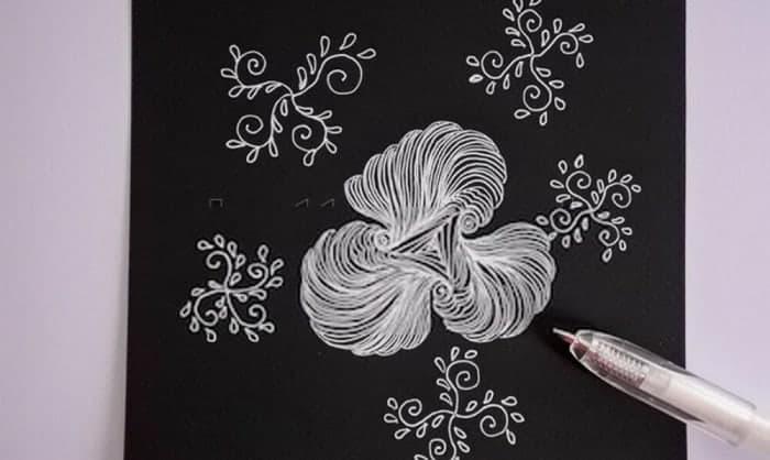 gel-pen-paper
