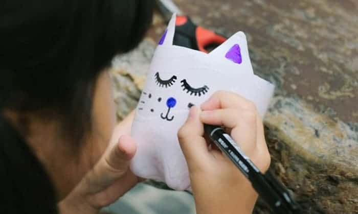 How to Keep Permanent Marker on Plastic