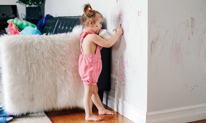 get-dry-erase-marker-off-wall