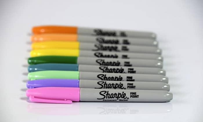 make-sharpie-stay-on-plastic