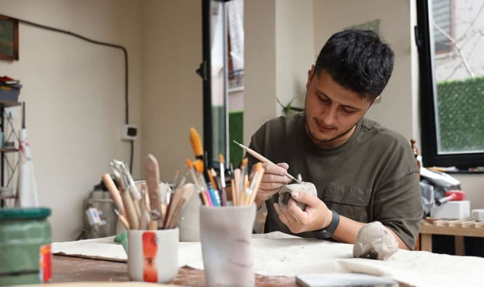 best-paint-brushes-for-miniatures